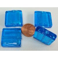 Perles carré 20mm Bleu Vif verre façon Murano par 4 pcs