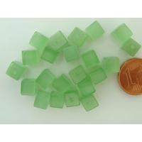 Perles verre Oeil de Chat cubes 6mm Vert par 20 pcs