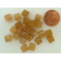 Perles verre Oeil de Chat cubes 6mm Marron par 20 pcs
