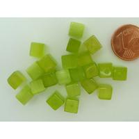 Perles verre Oeil de Chat cubes 6mm Vert Olive par 20 pcs