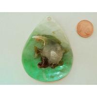 Pendentif nacre goutte 60mm vert ajout résine poisson