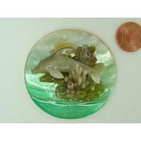 Pendentif nacre rond 50mm Vert ajout résine dauphin