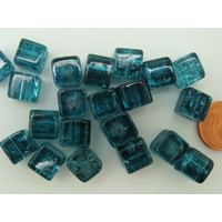 Perles verre Craquelé Cubes 8mm BLEU VERT par 20 pc