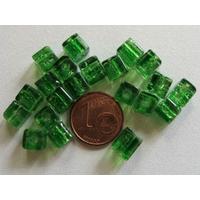 Perles verre Craquelé Cubes 6mm VERT FONCE par 20 pcs