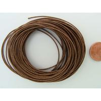Fil polyester ciré Marron Brun 0,8mm en écheveau de 10 mètres