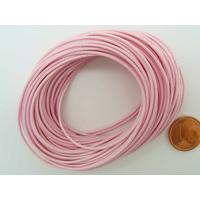 Fil polyester ciré Rose 1mm en écheveau de 10 mètres