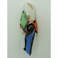 Pendentif Rouleau Blanc motifs 3 branches vert bleu orange 60mm en verre lampwork