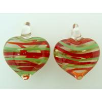 2 pendentifs Petits Coeurs 21mm Verre Transparents rayures vertes rouges