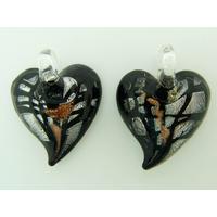 2 pendentifs Petits Coeurs 20mm Verre noir et argenté