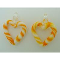 2 mini Pendentifs Coeur Blanc rayé Orange 27mm en verre lampwork
