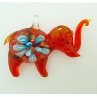 Pendentif Elephant rouge Fleur bleue 55mm en verre