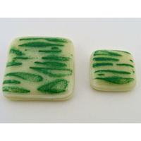 2 Cabochons assortis verre fusing carré 30mm et 20mm crème et vert