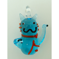 Mini pendentif Chat Lucky Cat Bleu 26mm animal en verre lampwork