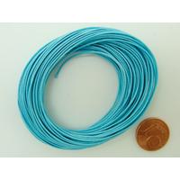Fil polyester ciré Bleu Clair 0,8mm en écheveau de 10 mètres