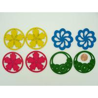Lot 01 de 8 Pendentifs Fleurs bois peint mix couleurs (4 paires)