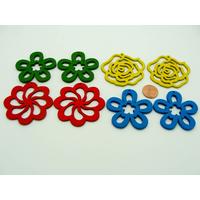 Lot 02 de 8 Pendentifs Fleurs bois peint mix couleurs (4 paires)