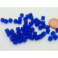 Perles verre Oeil de Chat cubes 4mm Bleu Marine par 50 pcs