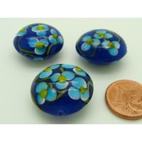Perle verre Lampwork Galet 20mm Bleu Marine motif 5 Fleurs bleues par face par 1 pc
