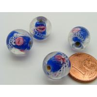 Perles Bleu Foncé verre Lampwork Rondes 12mm 2 Fleurs rose motif ruban blanc par 4 pcs
