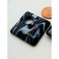 Pendentif Losange 30mm en verre Noir motifs blancs
