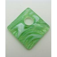 Pendentif Losange 30mm en verre Vert motifs blancs