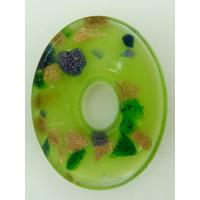 Pendentif Vert VERRE Ovale donut 45mm avec touches dorées et multicolores