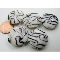 Perles verre Galets 20mm BLANC motifs NOIR par 5 pcs