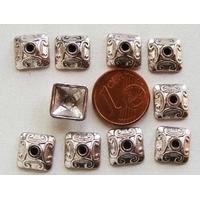 Perles Métal argenté COUPELLES Carré 10mm par 10 pcs