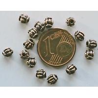 Perles Métal couleur CUIVRE Rondes Quartier d'orange 4mm par 20 pcs