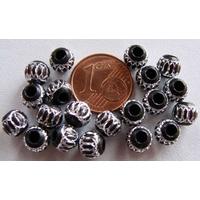 Perles Aluminium Rondes 6mm NOIR par 20 pcs