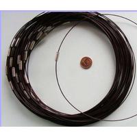 Collier monté FIL CABLE 45cm MARRON FONCE PRUNE 1mm fermoir VIS par 1 pc