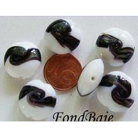 Perles verre Galets 16mm BLANC bandeau NOIR par 6 pcs