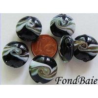 Perles verre Galets 16mm NOIR bandeau BLANC par 6 pcs