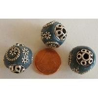 Perles Indonésiennes Ronde fond GRIS BLEU avec incrustations argentées par 2 pcs