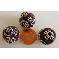 Perles Indonésiennes Ronde fond VIOLET avec incrustations argentées par 2 pcs