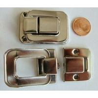 Fermoir Fermeture (2 pièces) grand rabat 40x27mm métal couleur Argenté Acier par 1 pc