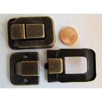 Fermoir Fermeture (2 pièces) grand rabat 40x27mm métal couleur Bronze par 1 pc