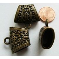 Perles Métal bronze PASSANT BELIERE 23mm motif TREFLE avec ANNEAU par 2 pcs