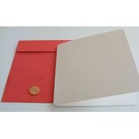 Carte pliée 132x132mm avec enveloppe rouge par 1 pc