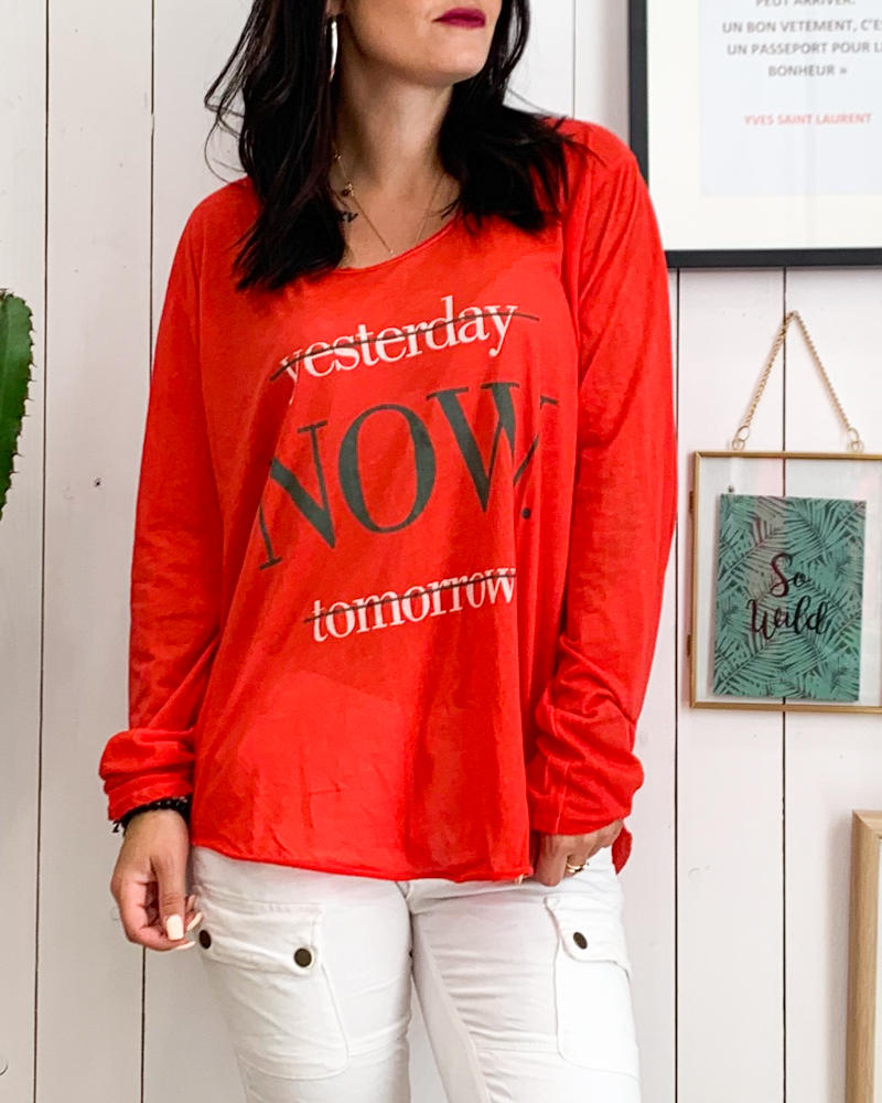 T-shirt NOW rouge