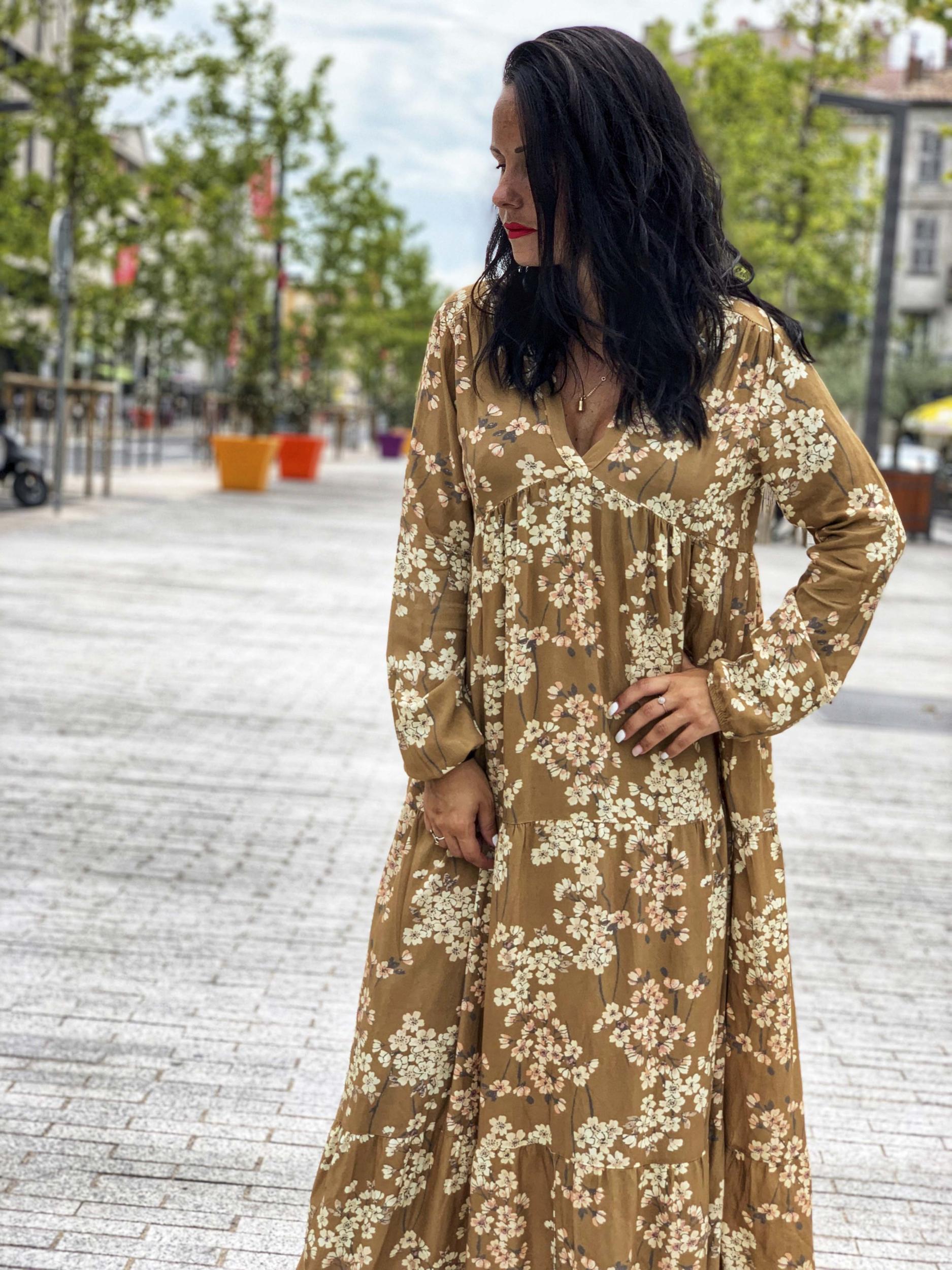 robe boheme chic beige et camel
