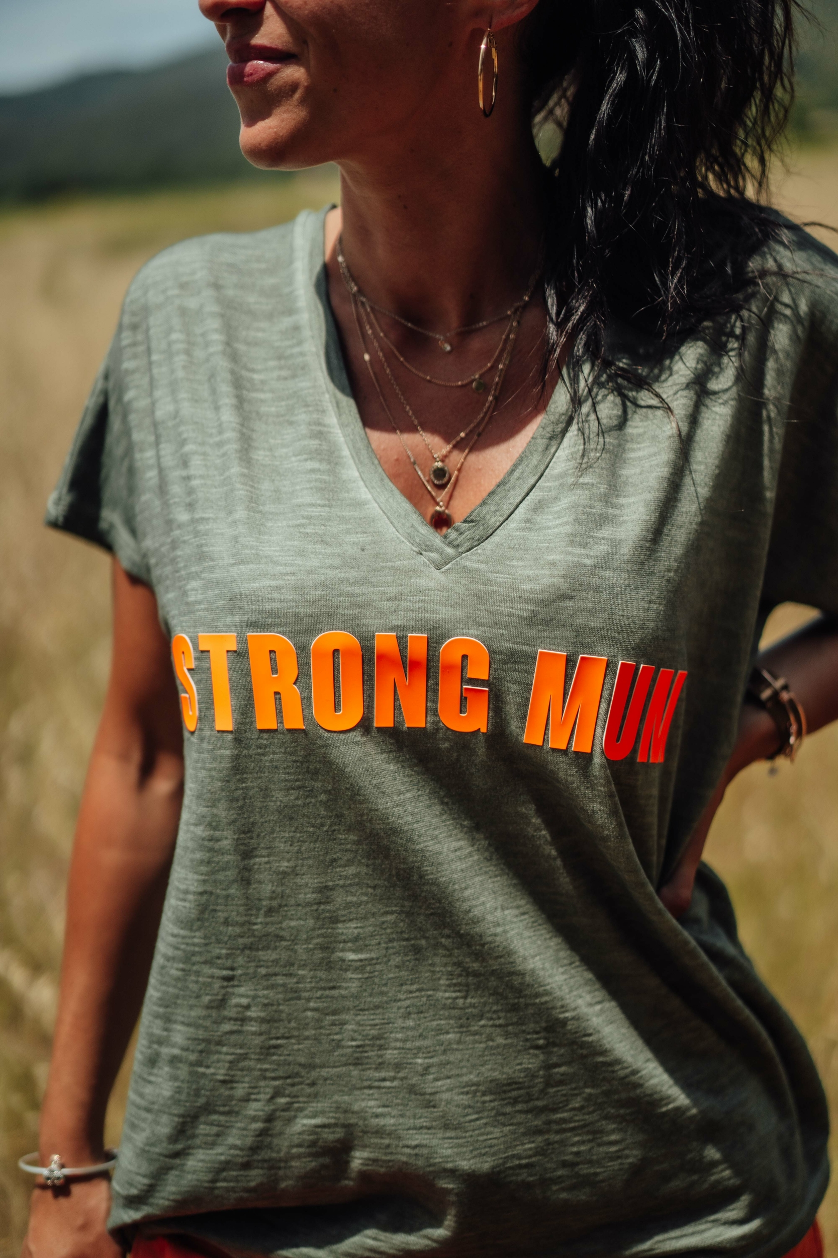 tee_strongmum_kaki_banditasiz-229