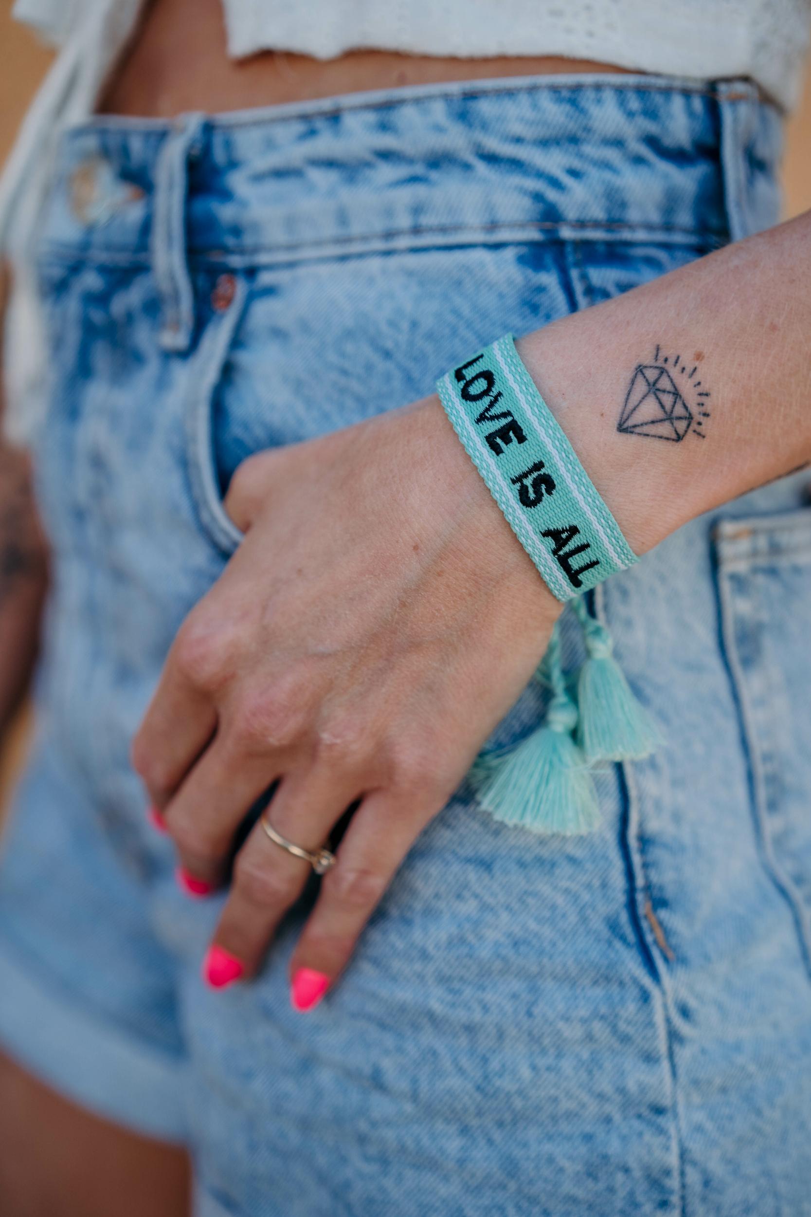Bracelet LOVE vert d\'eau