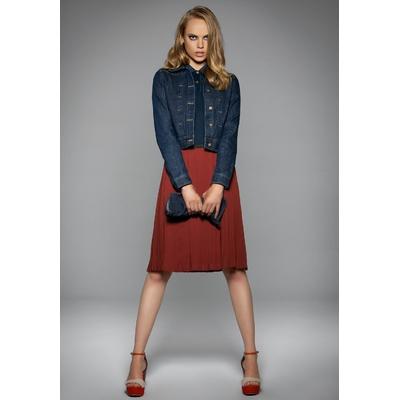 Veste en Jean Femme - Bleu Denim 100% coton finition lavée-Coupe ajustée-Boutons métalliques en laiton vieilli-Poche-ticket unique à l'avant munie d'un rabat et d'un bouton avec coutures de renfort décoratives