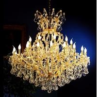 Lustre style baroque italien en cristal Spectra Swarovski 30 feux Monte-Cristo