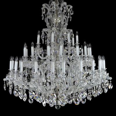 Lustre Marie-Thérèse 48 feux WRANOVSKY CHAMBORD en cristal de Bohême au plomb 30 % Ø150cm H150cm