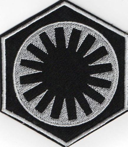 ecusson star wars symbole du premier ordre cin ma star wars fan corner. Black Bedroom Furniture Sets. Home Design Ideas