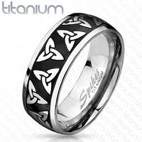 Charmed bague symbole triquetra en titane gravé Charmed Triquetra titanium ring