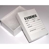 Boite pour indices utilisée par la police scientifique des Experts