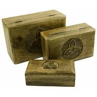 Boite en bois symbole celte motif triquetra de la serie Charmed